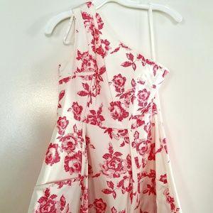 Jessica Simpson one-shoulder dress